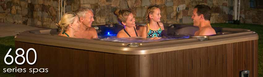 Sundance 680 Series Hot Tubs