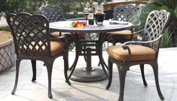 DWL Brentwood Patio Dining Set