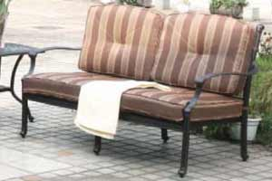 DWL Monarch Patio Couch