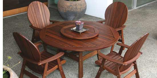 JENSEN LEISURE FANBACK PATIO SET
