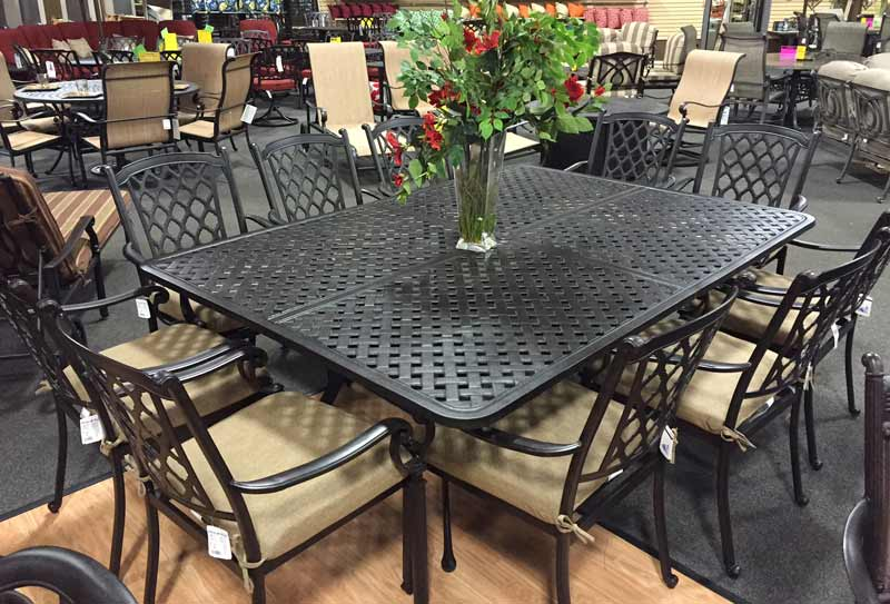 Atlas Trellis Patio Furniture Set