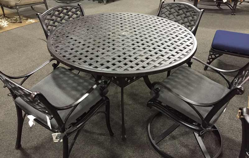 Atlas Trellis Grande Patio Furniture Set