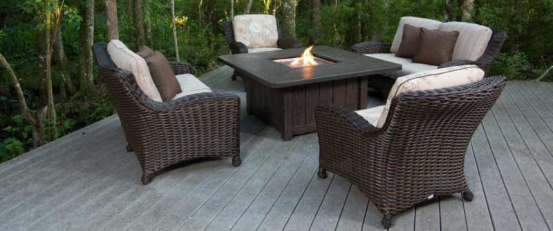EBEL DREUX Fire Pit and Chairs Set